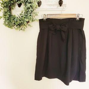 H&M NWT Black Skirt Bow Belt Size 4